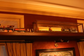 Disneyland Dream Suite Exclusive Tour Disneyexaminer Interactive Toy Train