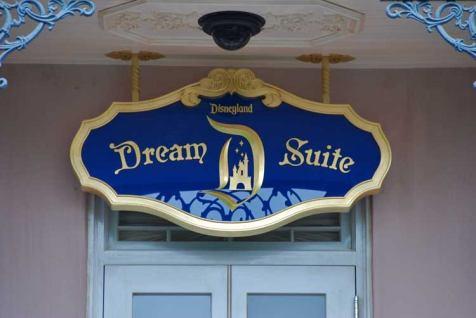 Disneyland Dream Suite Exclusive Tour Disneyexaminer Main Entrance Sign