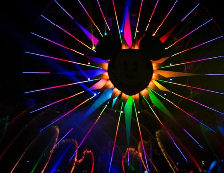 Disneyland Resort Holidays Press Event 2013 World Of Color Winter Dreams Premiere Rainbow Colors