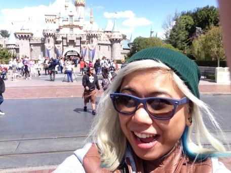 Disneyexaminer Ideal Disneyland Day Zeila Selfie Sleeping Beauty Castle