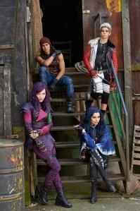 descendants cast photo