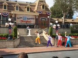 The Dapper Dans opened the ceremony with a sing-a-long with some of our favorite Disneyland tunes
