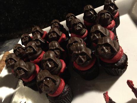 Rundisney Star Wars Half Marathon Weekend Disneyland Wookiee Welcome Party Darth Vader Cupcakes
