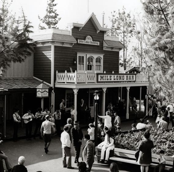 Extinct Disneyland Restaurants Frontierland Mile Long Bar