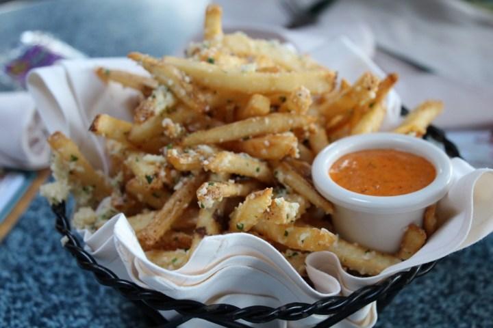 Cafe Orleans - Pommes Frites (6.49) (1024x683)