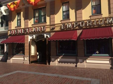 Disneyland Beginner Pin Traders Guide Disneyexaminer Emporium Shop