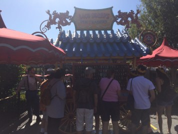 Disneyland Beginner Pin Traders Guide Disneyexaminer Laod Bhangs Shop