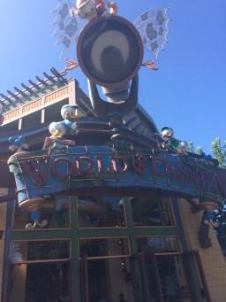 Disneyland Beginner Pin Traders Guide Disneyexaminer Walt Disney World Shop 3