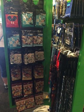 Disneyland Beginner Pin Traders Guide Disneyexaminer Walt Disney World Shop 6