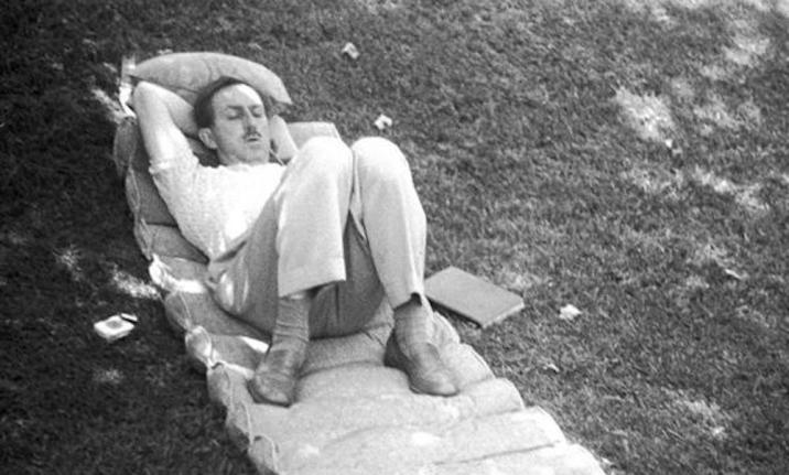 Walt Disney Sleeping