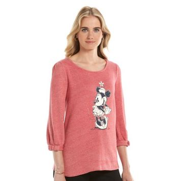 Red Minnie Stance - Photo courtesy of Kohls.com