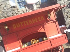 Harry Potter Wizarding World Hollywood Immersive Experience Feature Butterbeer