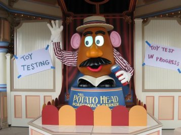 Audio Animatronic Mr. Potato Head Toy Story Midway Mania