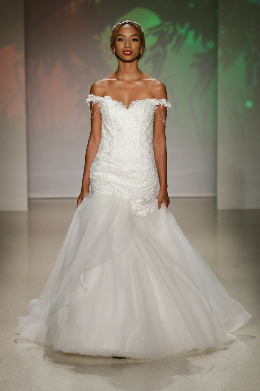 Tiana Princess And The Frog Wedding Dress Alfred Angelo Spring 2017 Bridal Show With Disney Weddings
