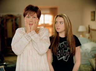 Disney Freaky Friday Movie Jamie Lee Curtis Lindsay Lohan