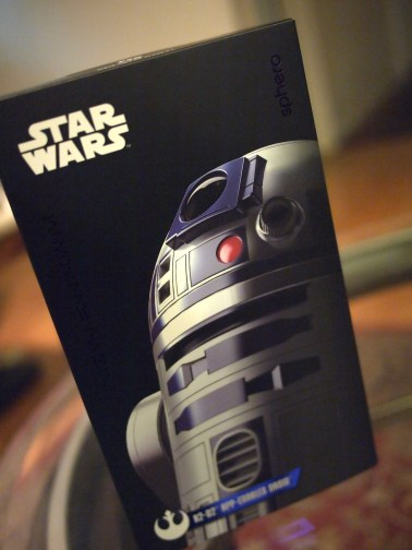 Sphero Star Wars Droid Review DisneyExaminer R2D2 Box
