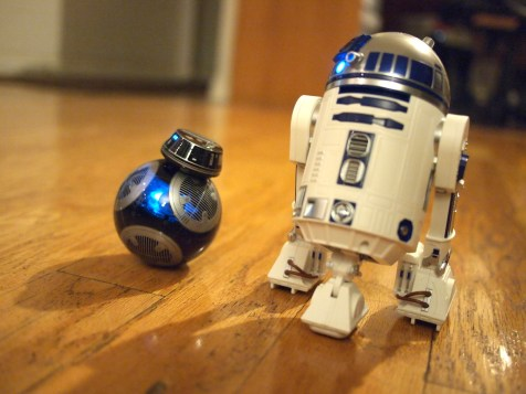 Sphero Star Wars Droid Review DisneyExaminer R2D2 BB9E