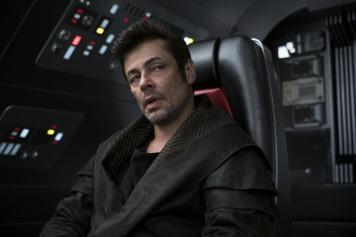 Star Wars The Last Jedi Benicio Del Toro CodeBreaker DJ