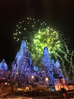 Galaxy's Edge Batuu fireworks 1