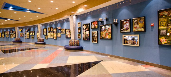 lobby disney pop century resort