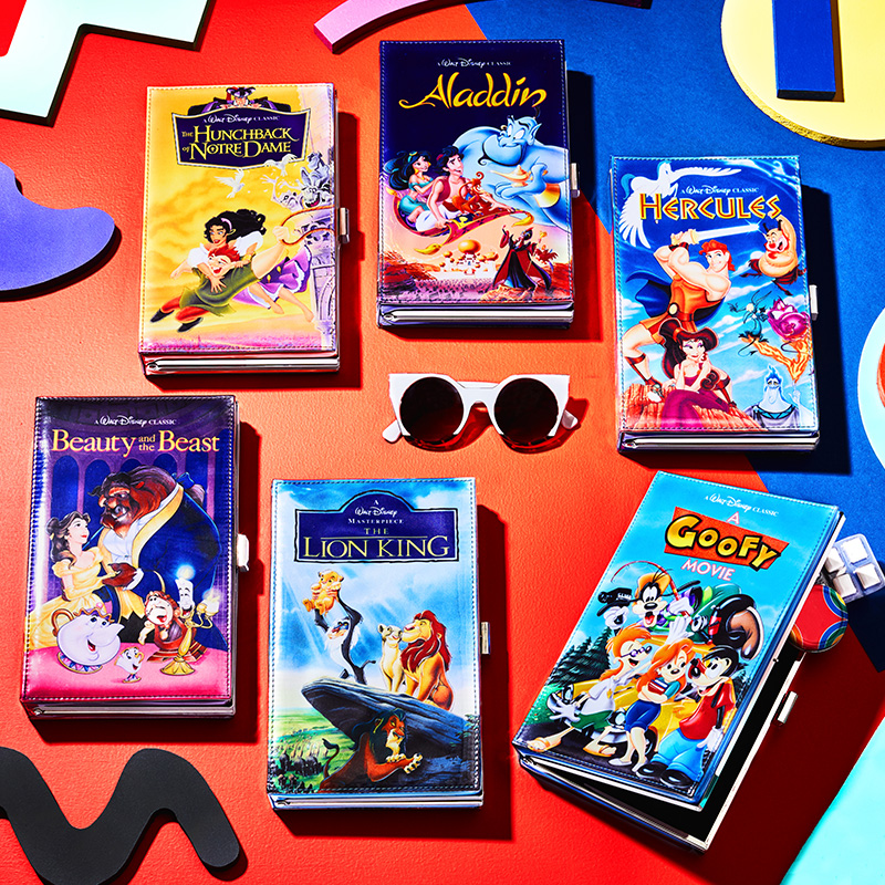 Bolsas de mano estilo VHS