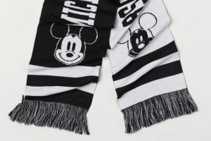Jacquard-Knit Mickey Scarf