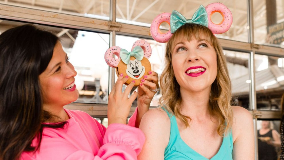 Minnie Donut V.I.PASSHOLDER Pop-up