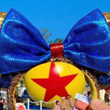 Luxo Ball Minnie Ears