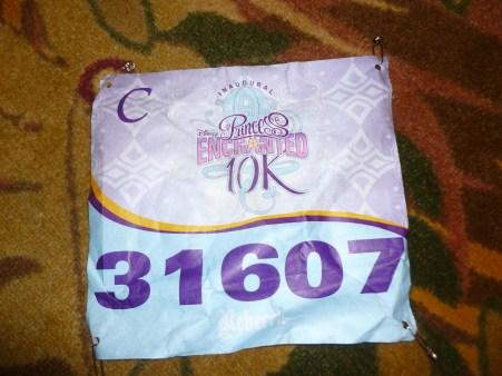 race bib holder - Disney in your Day