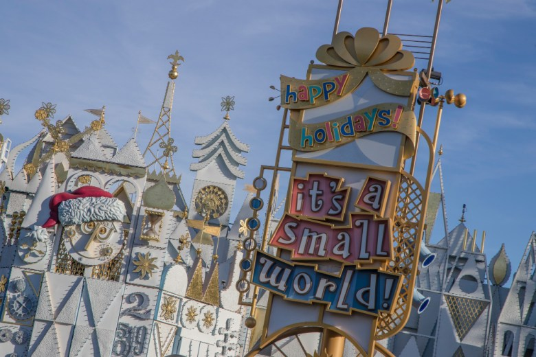 fachada de it's a small world