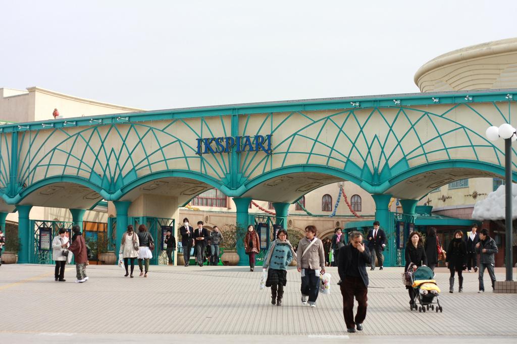 507a4cae1cf6f0 Ikspiari of Tokyo Disney Resort  Current List of Shopping Establishments