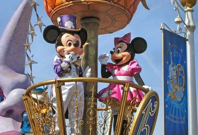 14 Interesting Disneyland Paris Statistics and Fun Facts