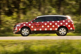 disney world minnie van service