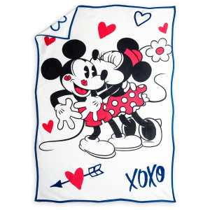 Mickey and Minnie Mouse Sweethearts Plush Throw