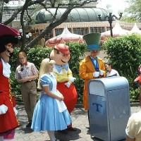 Push the Talking Trash Can | Extinct Disney World Attractions