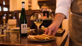 disney springs wine bar