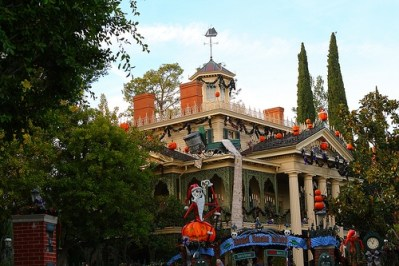 Haunted Mansion (Disneyland)