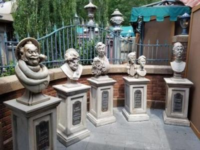 Haunted Mansion (Disney World Ride)