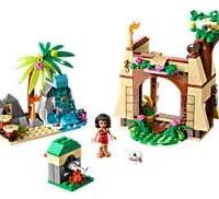 Moana's Ocean Voyage LEGO Set