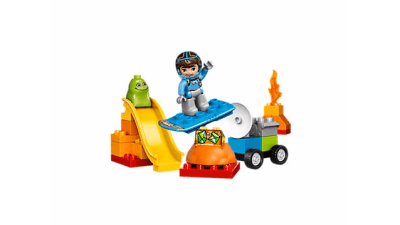 Disney Miles From Tommorowland Space Adventures LEGO Set