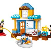 Disney Mickey & Friends Beach House LEGO Set