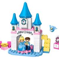 Disney Cinderella´s Magical Castle LEGO Set
