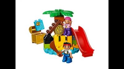 Disney Jake and the Never Land Pirates Treasure Island LEGO Set