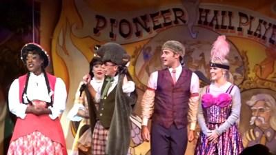 Hoop-Dee-Doo Musical Revue (Disney World Show)
