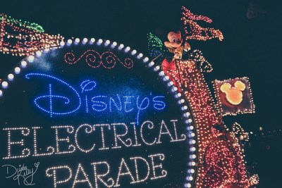 Main Street Electrical Parade | Extinct Disney World Attractions
