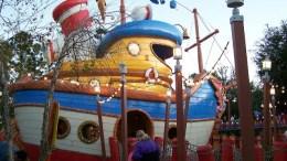 Donald's Boat- Extinct Disney World