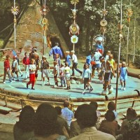 Ceremonial Dance Circle – Extinct Disneyland Attractions