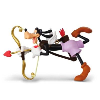 Goofy Lookin' for Love 2018 Hallmark Christmas Ornament