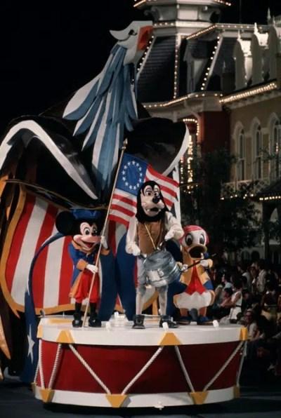 America on Parade– Extinct Disney World Attractions