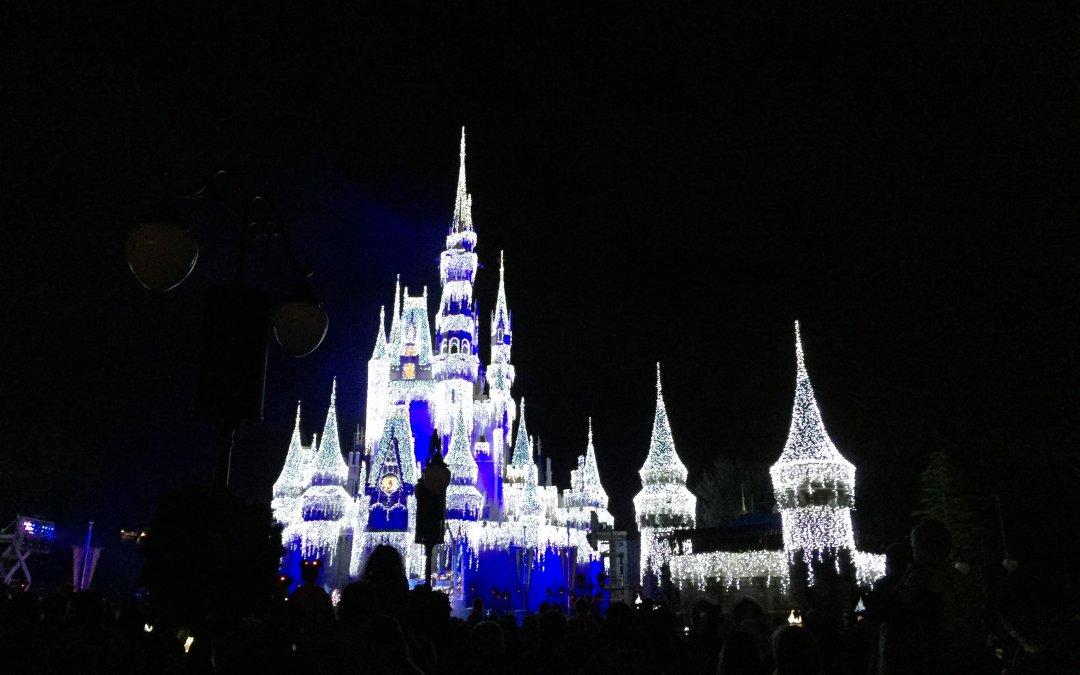 walt disney world magic kingdom holidays castle